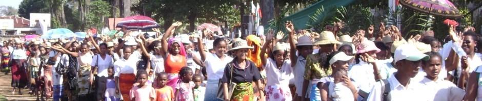 http://tsimokagasikara.wordpress.com/